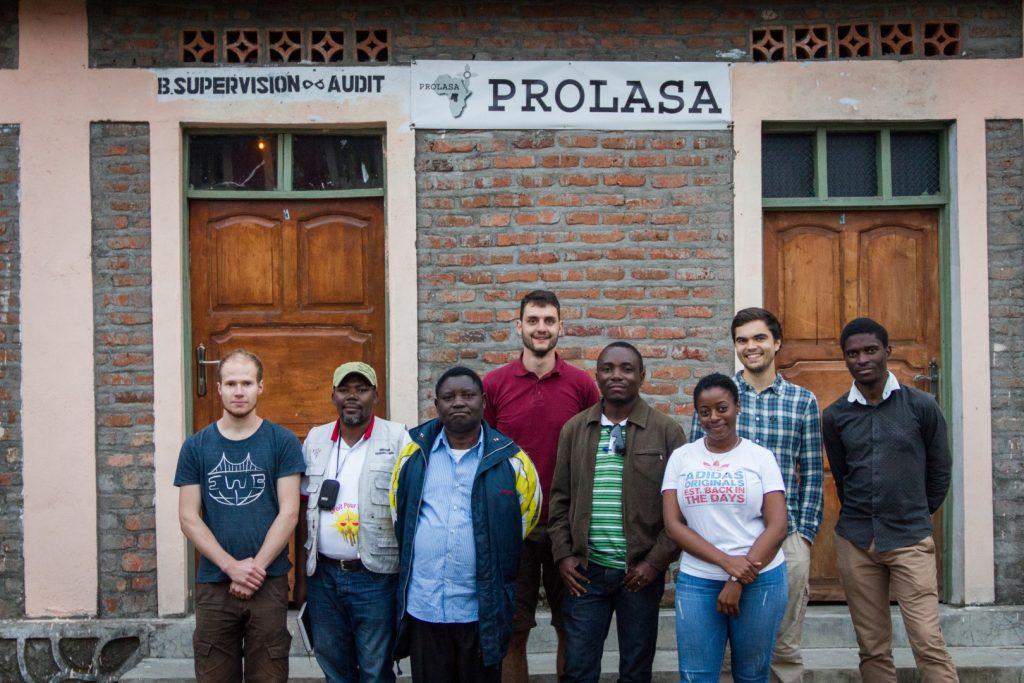 Mit den drei Projektpartnern am Industriecampus von PROLASA