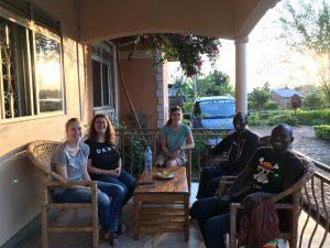 Besuch von Julia, Jacqueline und Kathi am Kitega Community Center