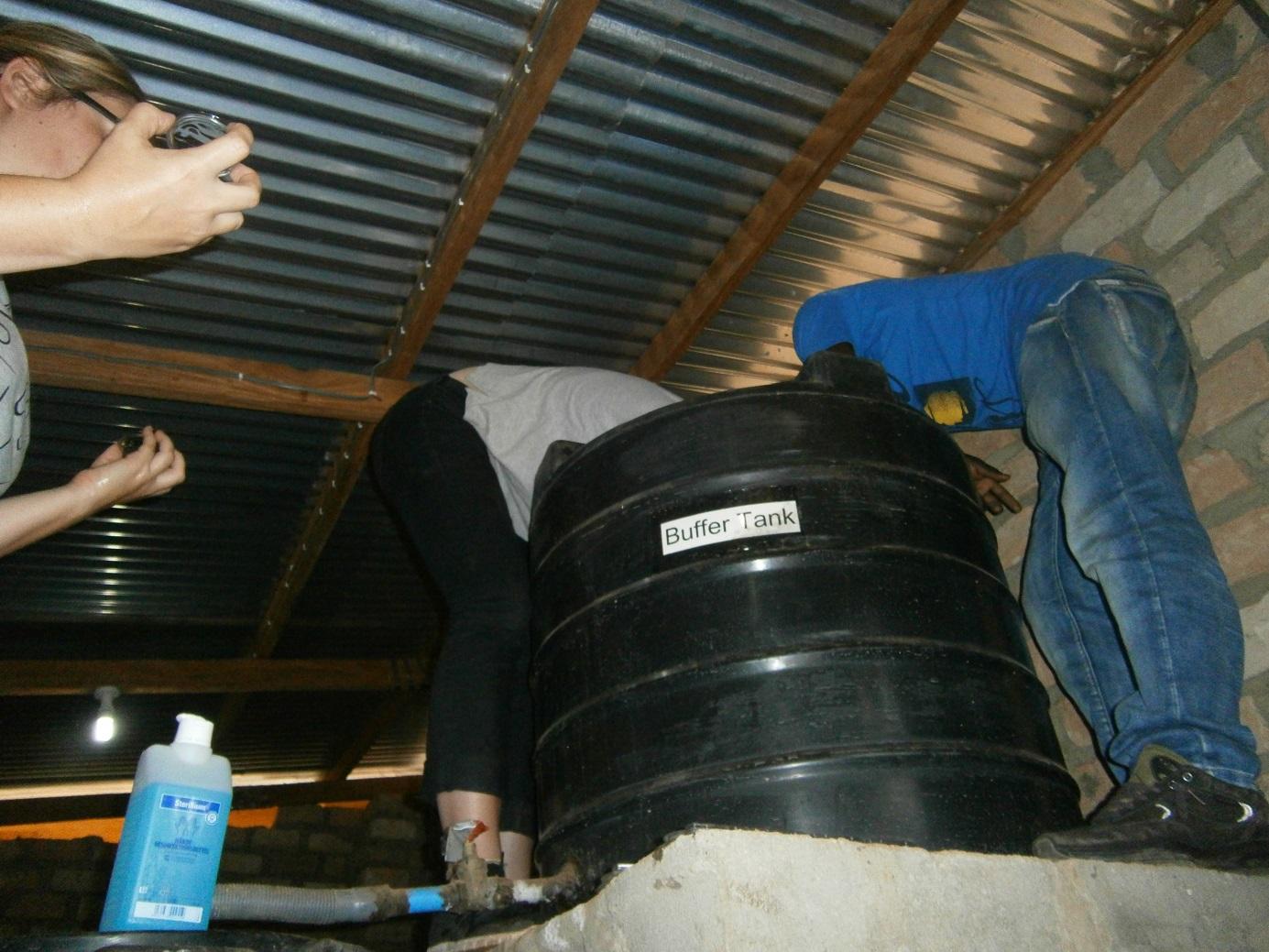nach langer vorbereitung endlich in iyolwa iyolwa water sanitation. Black Bedroom Furniture Sets. Home Design Ideas