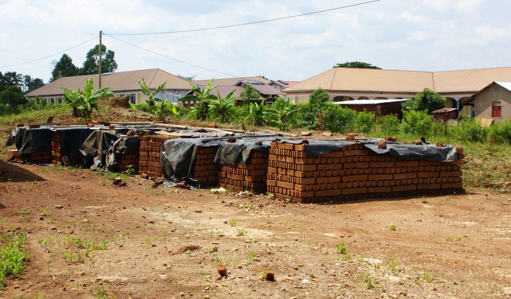 Rund 5000 Steine wurden für das Projekt im Sommer produziert