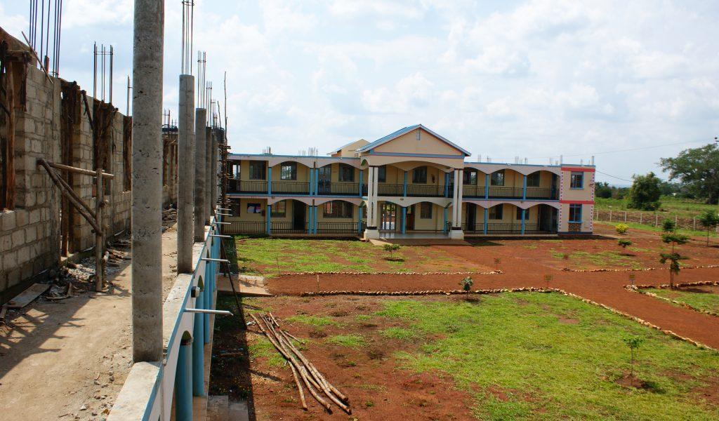 Der Bau der Schule geht weiter voran