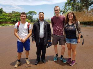 Treffen mit Thomas vor dem ehemaligen Königspalast in Kampala