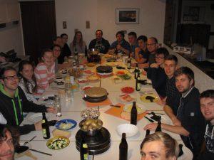 Alle freuen sich auf's Raclette